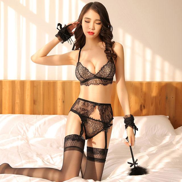 女装轻盈睫毛蕾丝三点式文胸内裤吊袜带全套装情趣内衣
